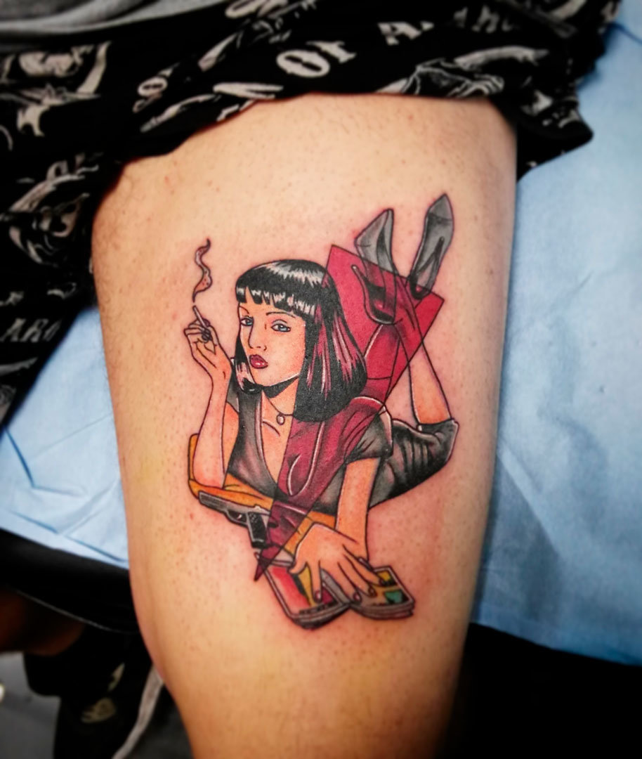 Pierna Tatuaje Neo Tradicional de pull fiction – Vene en Ink Sweet