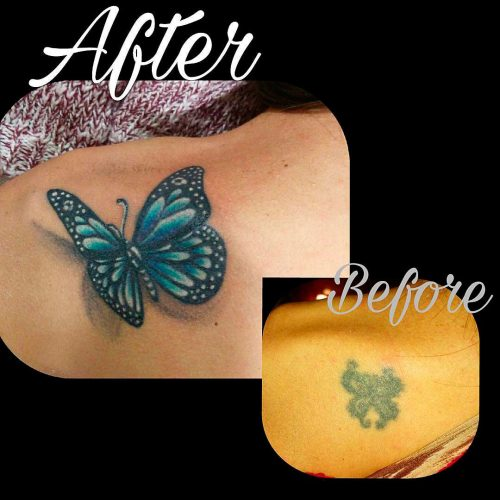 Tatuaje new school cover up a todo color de mariposa en azules en hombro de mujer. Tatuajes Cartoon & New School de Laura Bluntt en Ink Sweet Tattoo Madrid